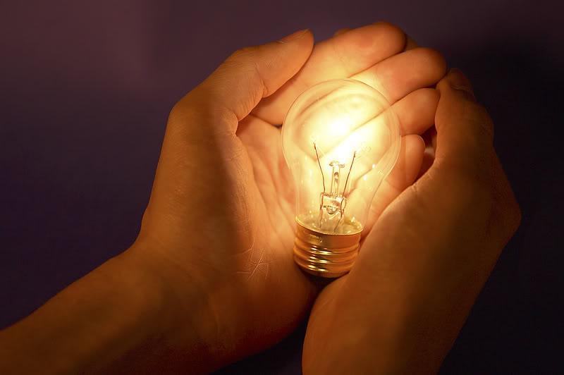 innovation-hands