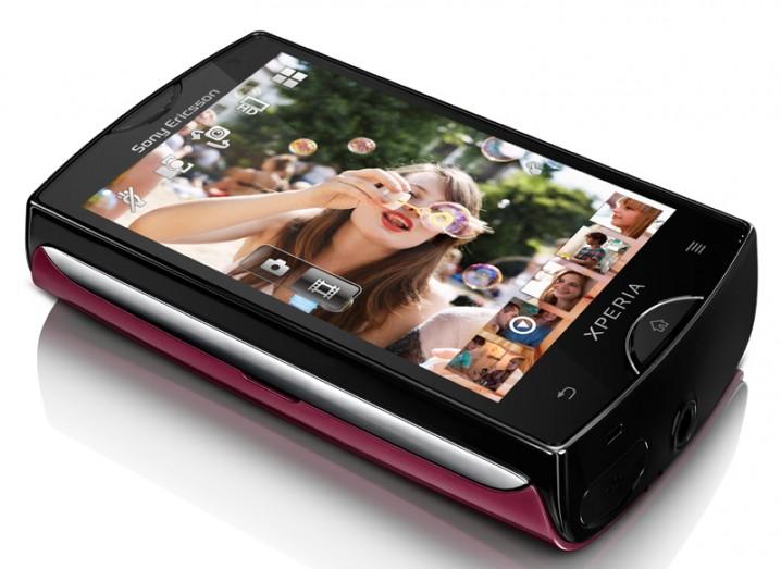 xperia-mini-pink-02-copy