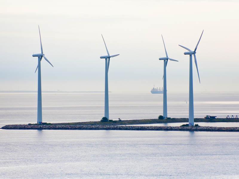 offshore-wind-energy-shutterstock-97987256
