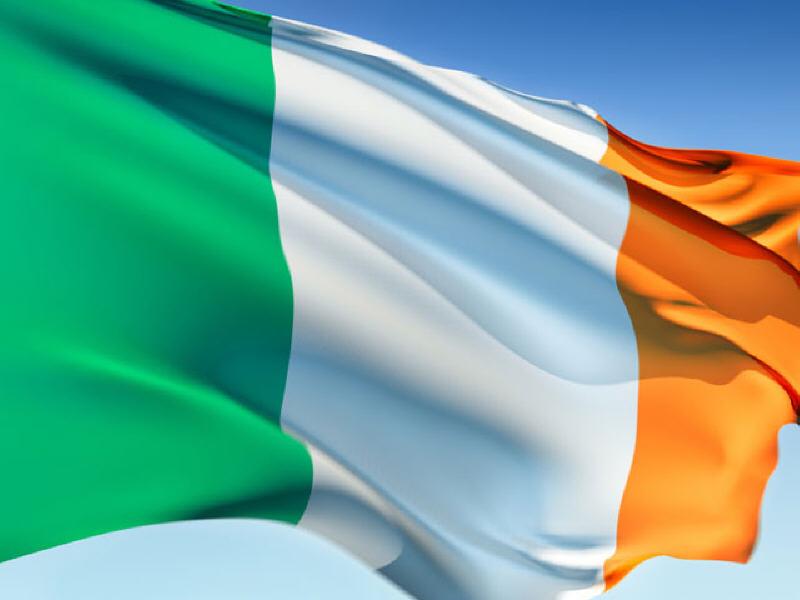 irish-flag-flying