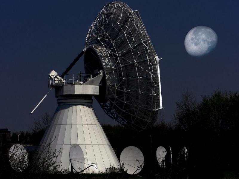 satellite-moon