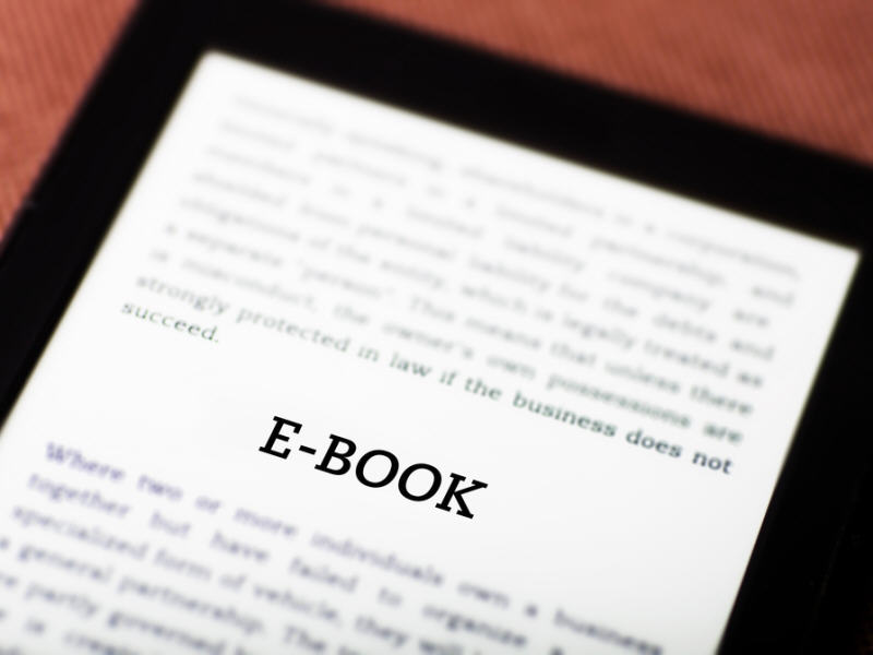 Apple agrees to pay US$450m to resolve e-books price fixing row