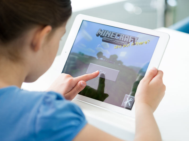 Weekend news-round-up: Minecraft's enigmatic rise, the future of Reddit