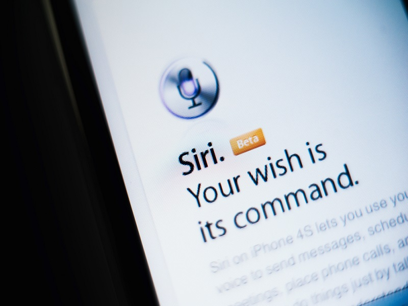 Cortana vs Siri and other terrible tech advertising (videos)