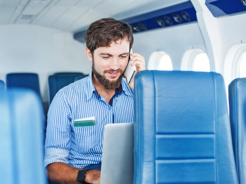 US is close to banning in-flight mobile voice calls forever