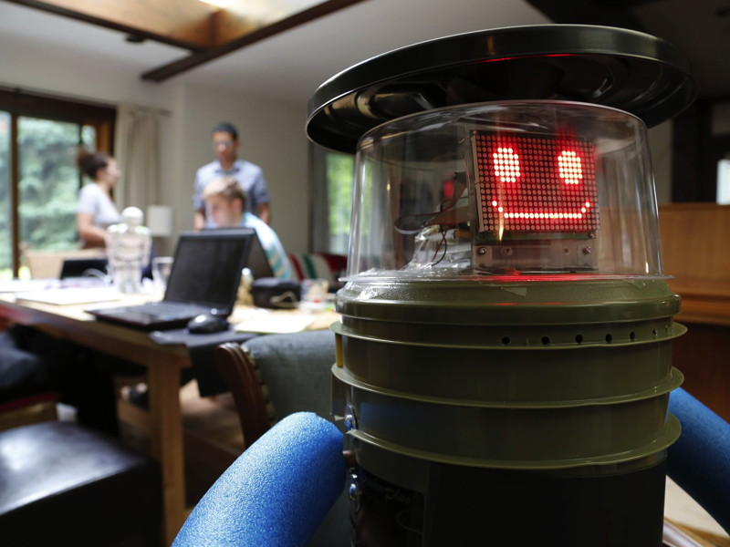 Hitchhiking robot hitchBOT finishes cross-Canada trip