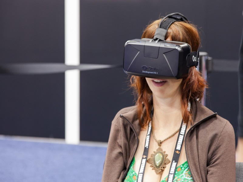Samsung to reveal VR headset to rival Google's Cardboard