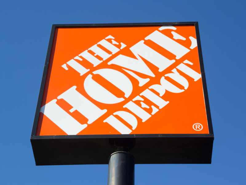 Weekend News Round-up: Home Depot's house of pain; Oculus gets very real