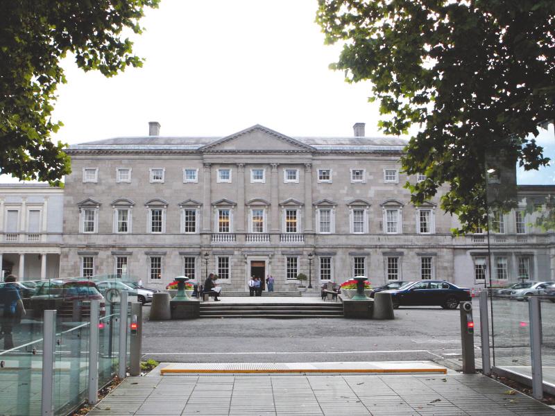 Apple's Irish tax status equivalent to 'State aid', says EU