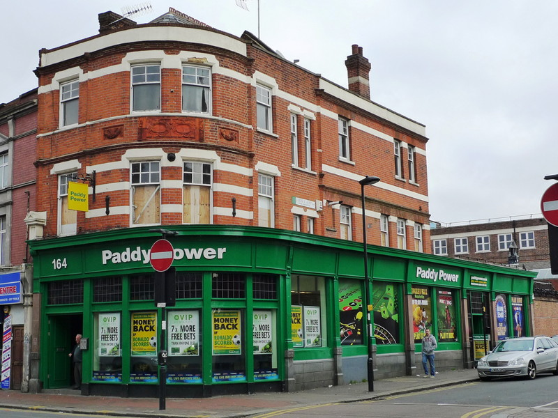 Paddy Power names Andy McCue as new CEO