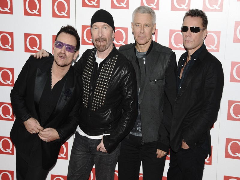 U2 reveals plans with Apple for new digital music format
