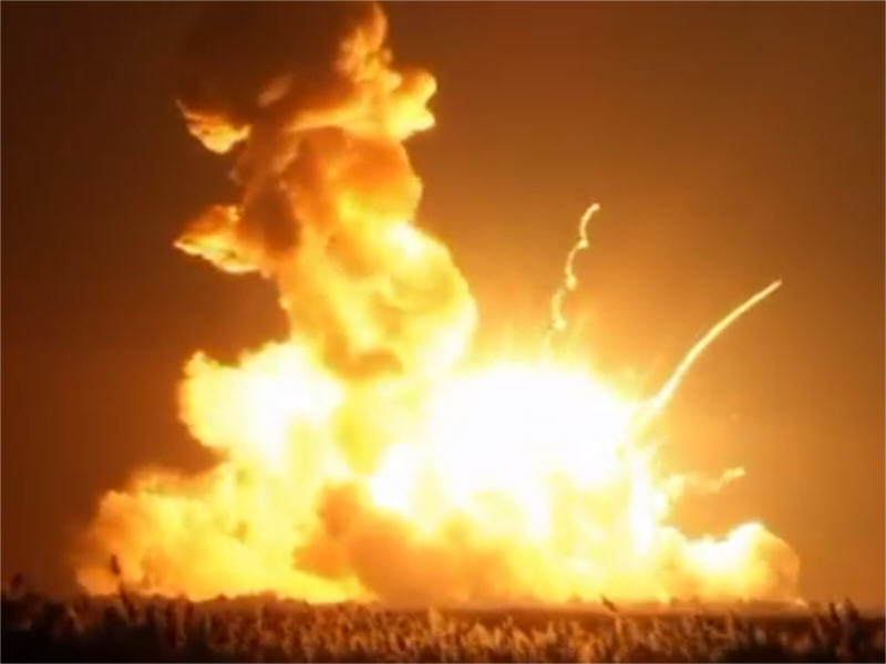 Antares rocket explodes seconds after lift-off in US (video)