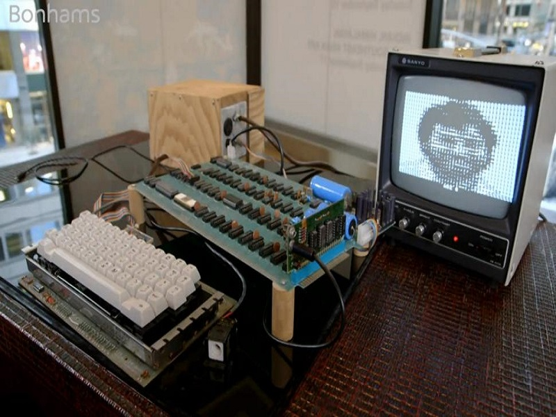 Early Apple-1 computer sells for US$905,000