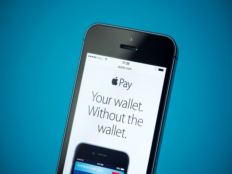 Apple Pay shows day one promise but problems with in-app purchases