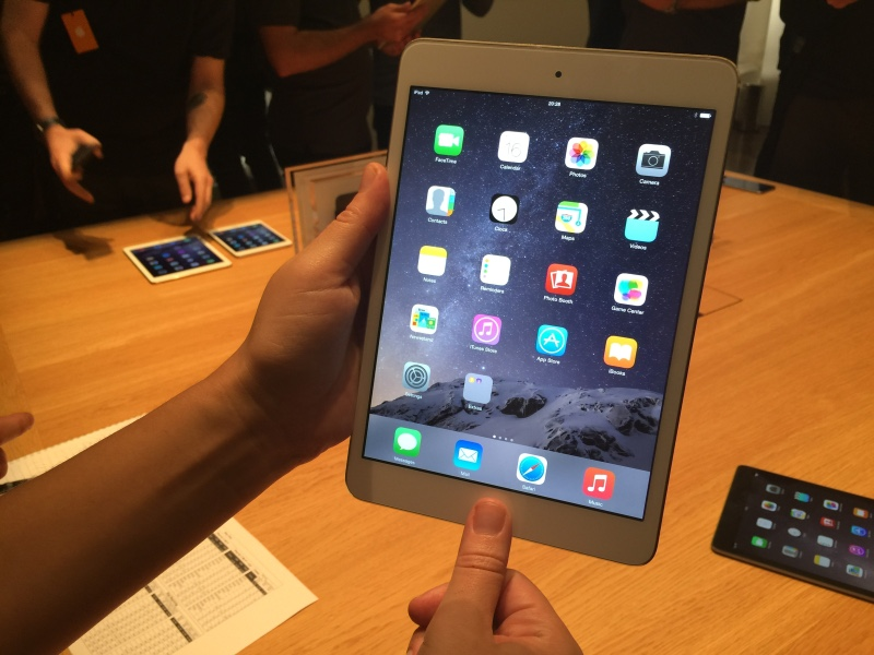First look: the new Apple iPad Air 2 and iPad mini 3 (video)