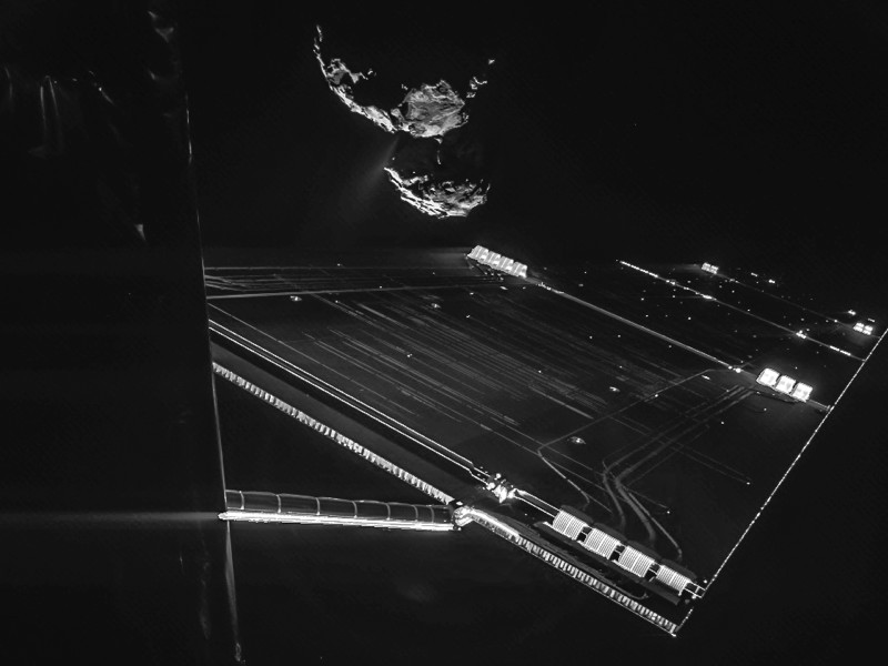 Gigglebit: Rosetta mission selfie from the ESA is the coolest ever