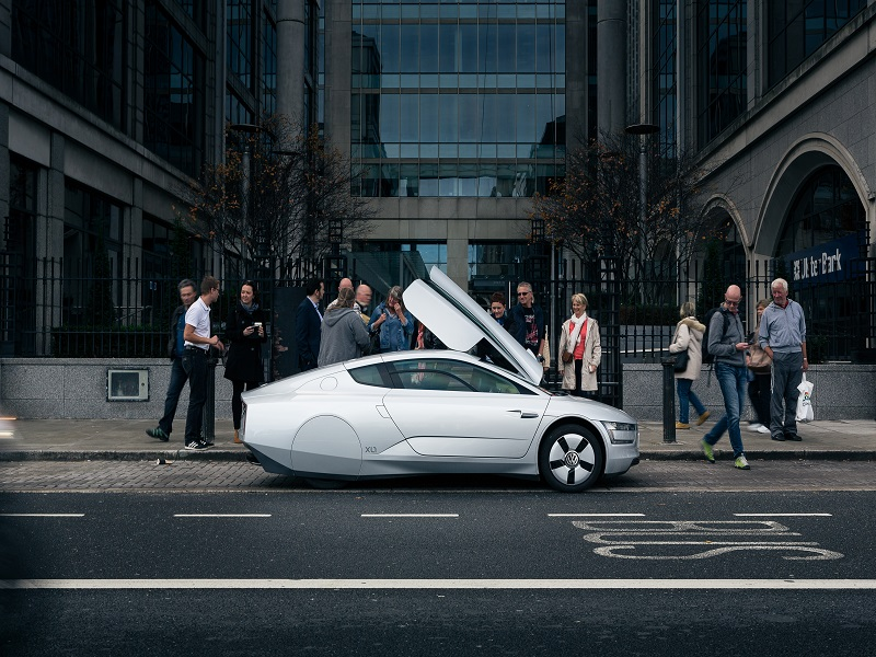 VW XL1: A mad 'future car' takes efficiency to another level (review)