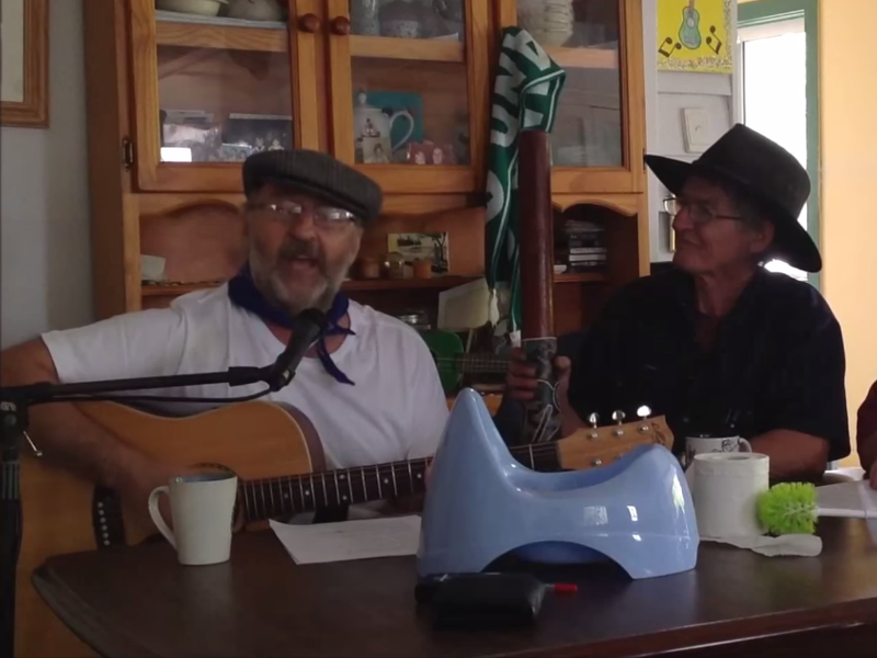 Irishman in Australia starts water meters sing-song on YouTube