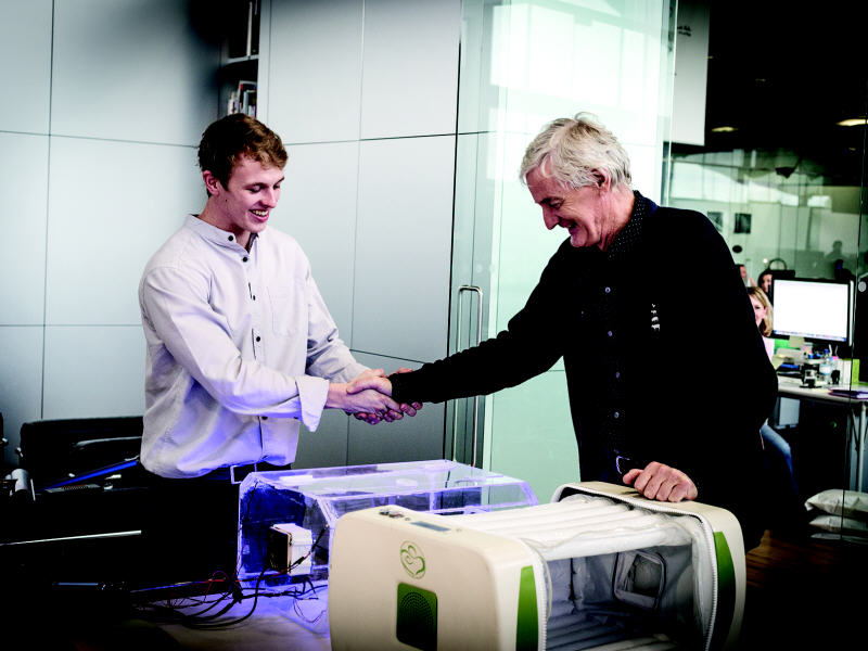 Inflatable baby incubator wins overall 2014 James Dyson Award