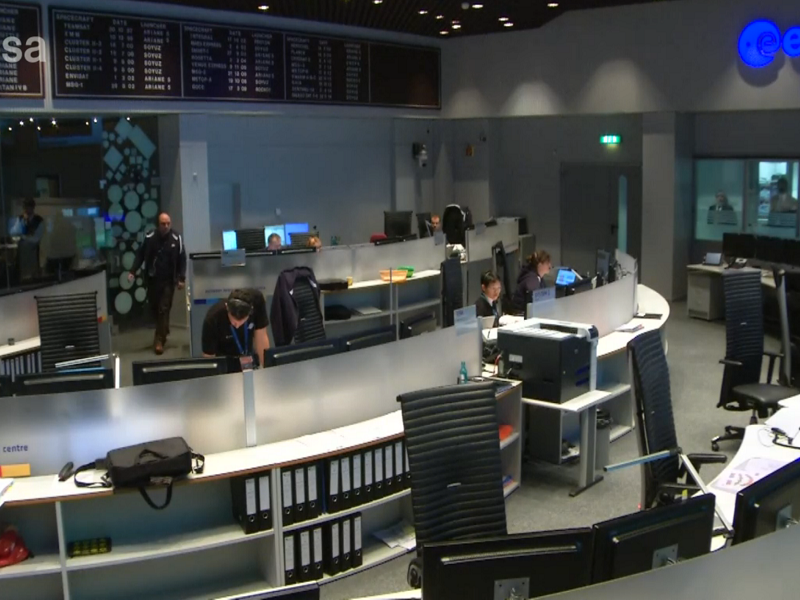 Philae separates from Rosetta and begins descent to comet 67P (live)