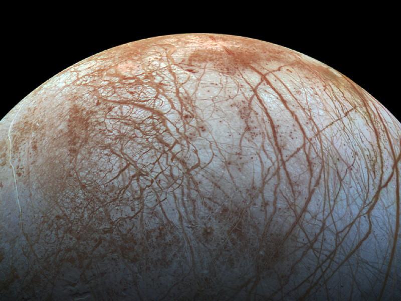 Gigglebit: Jupiter's moon Europa displays stunning surface (photo)