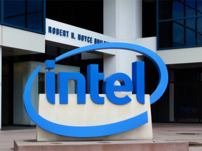 The tech business week: Intel to merge units, Microsoft now second-richest company