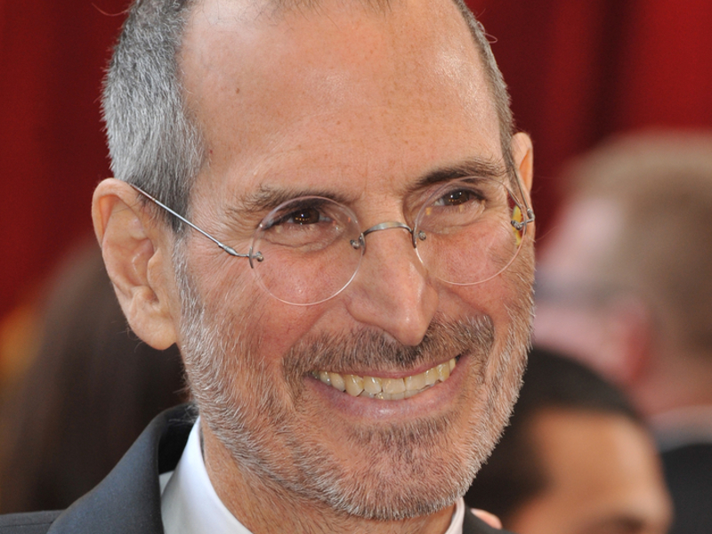 Sony Pictures pulls plug on Steve Jobs biopic