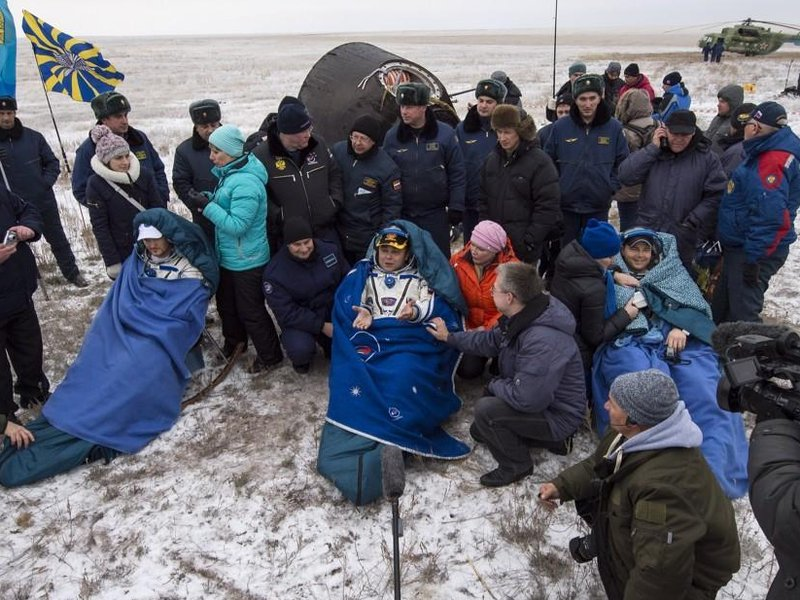 International Space Station trio steppe back down to Earth