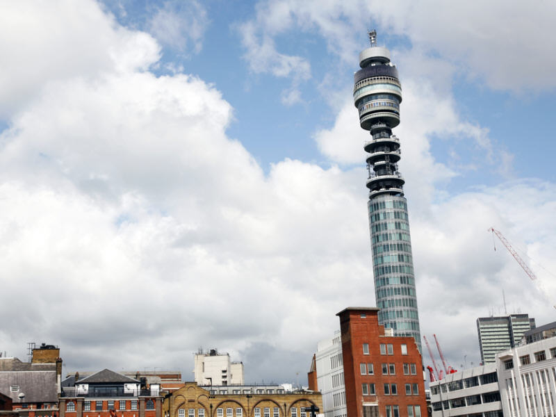 BT in exclusive negotiations to acquire EE for stg£12.5bn