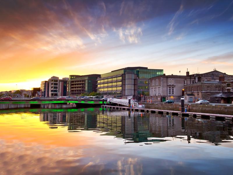 Economic boost as Hibernia Networks to land Tier 1 fibre transatlantic cable at Cork