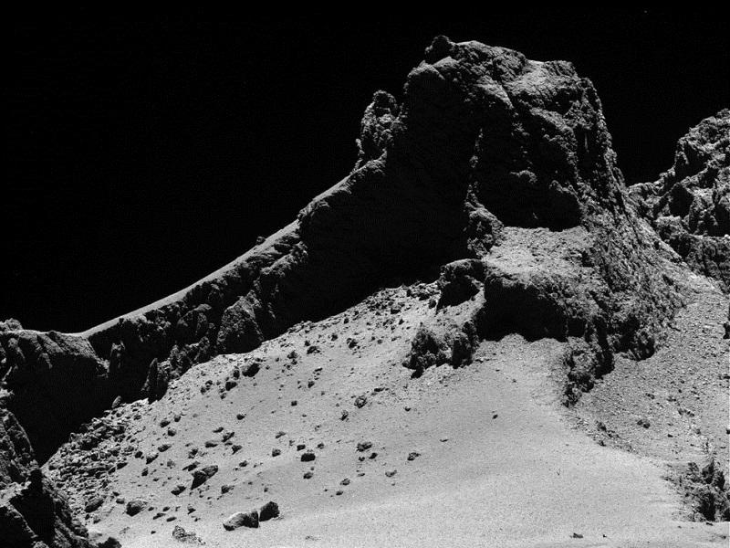 New hi-res Rosetta comet images reveal its ancient past and violent future