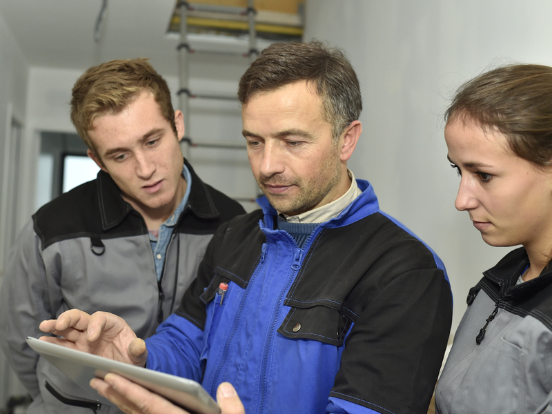 ESB announces 300 electrician apprenticeships