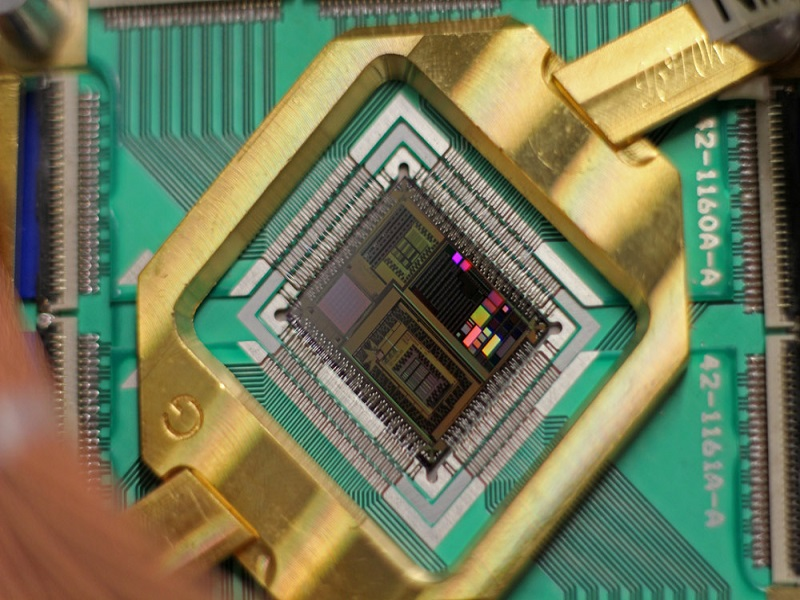 World's fastest commercial quantum processor to go on sale March 2015