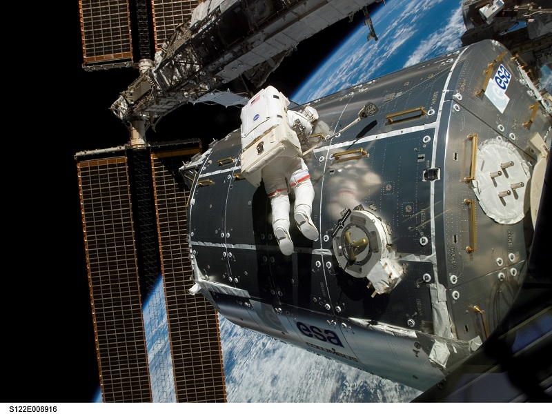 NASA astronauts have been spacewalking for 50 years (infographic)