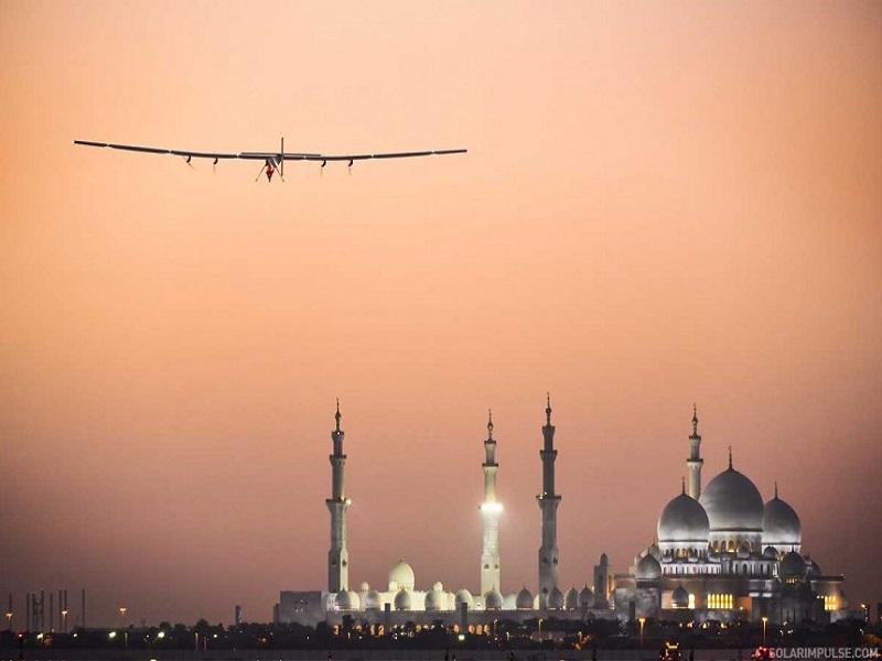 Solar-powered plane begins round-the-world trip
