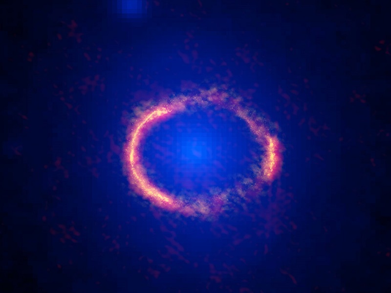Incredible Einstein ring images offer a glimpse of the early universe