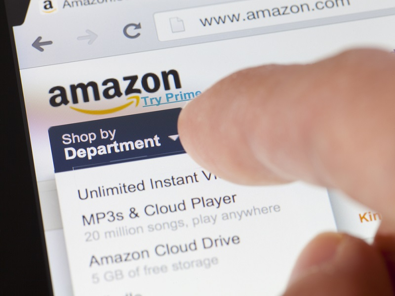 Amazon doesn't find sites' fake reviews so funny after issuing lawsuit