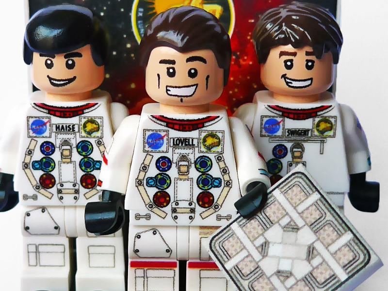 Houston, we have Apollo 13 Lego minifigures!