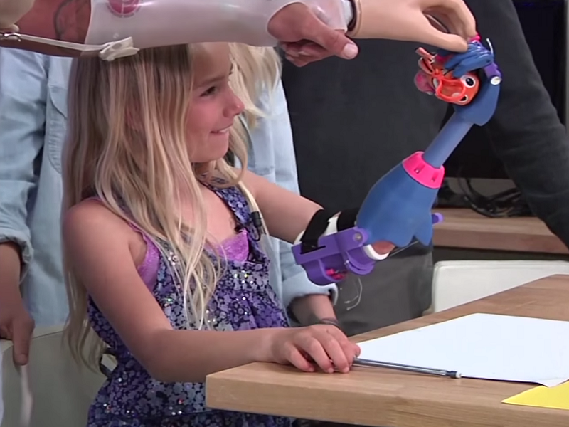 US$50 3D-printed 'robohand' gives 7-year-old girl new lease of life