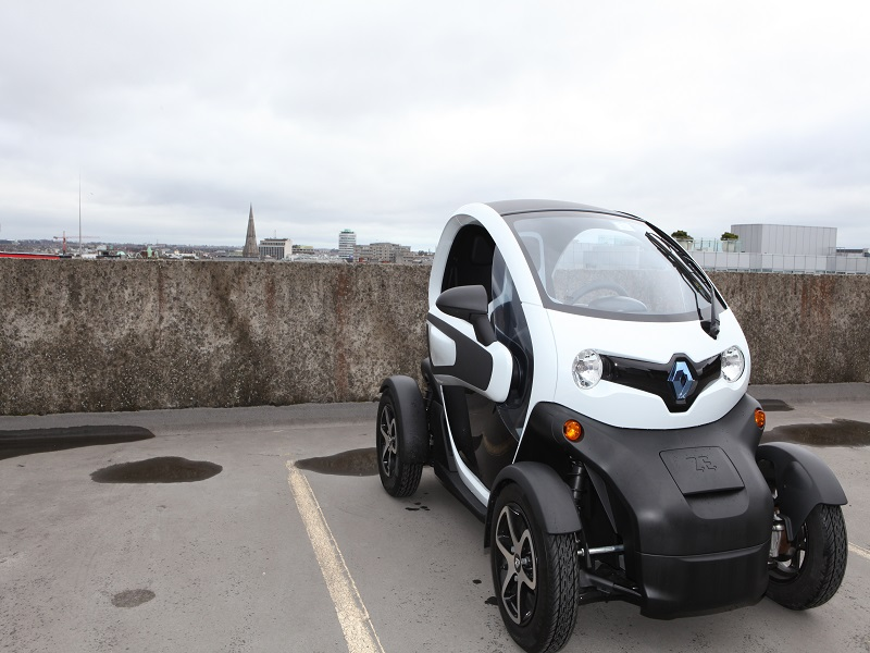 Renault Twizy: A bonkers EV dropped in a strange and foreign land (review)
