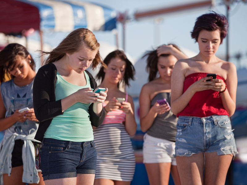 Number of smartphone users in US skyrockets, but overreliance is a concern