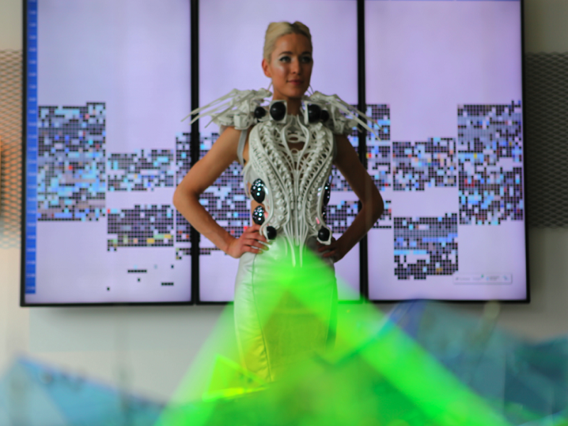 Spider dress shows what happens when IoT, 3D printing and technology combine