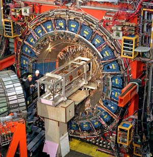 The three-story, 6,000-tonne CDF detector takes snapshots of the particles that emerge when protons and antiprotons collide.