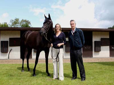 Equinome co-founders Dr Emmeline Hill and Irish racehorse trainer and breeder Jim Bolger, pictured with racehorse Banimpire
