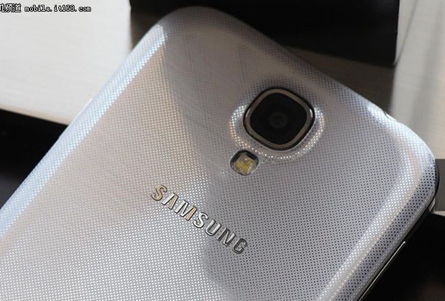 IT168.com leaked Samsung Galaxy S IV images