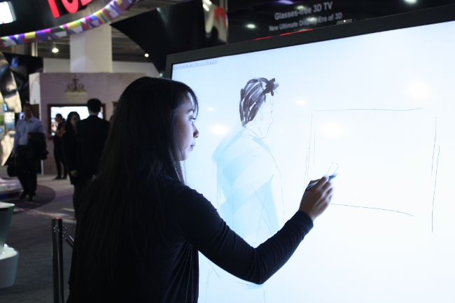 Interactive display from TCL, IFA 2013