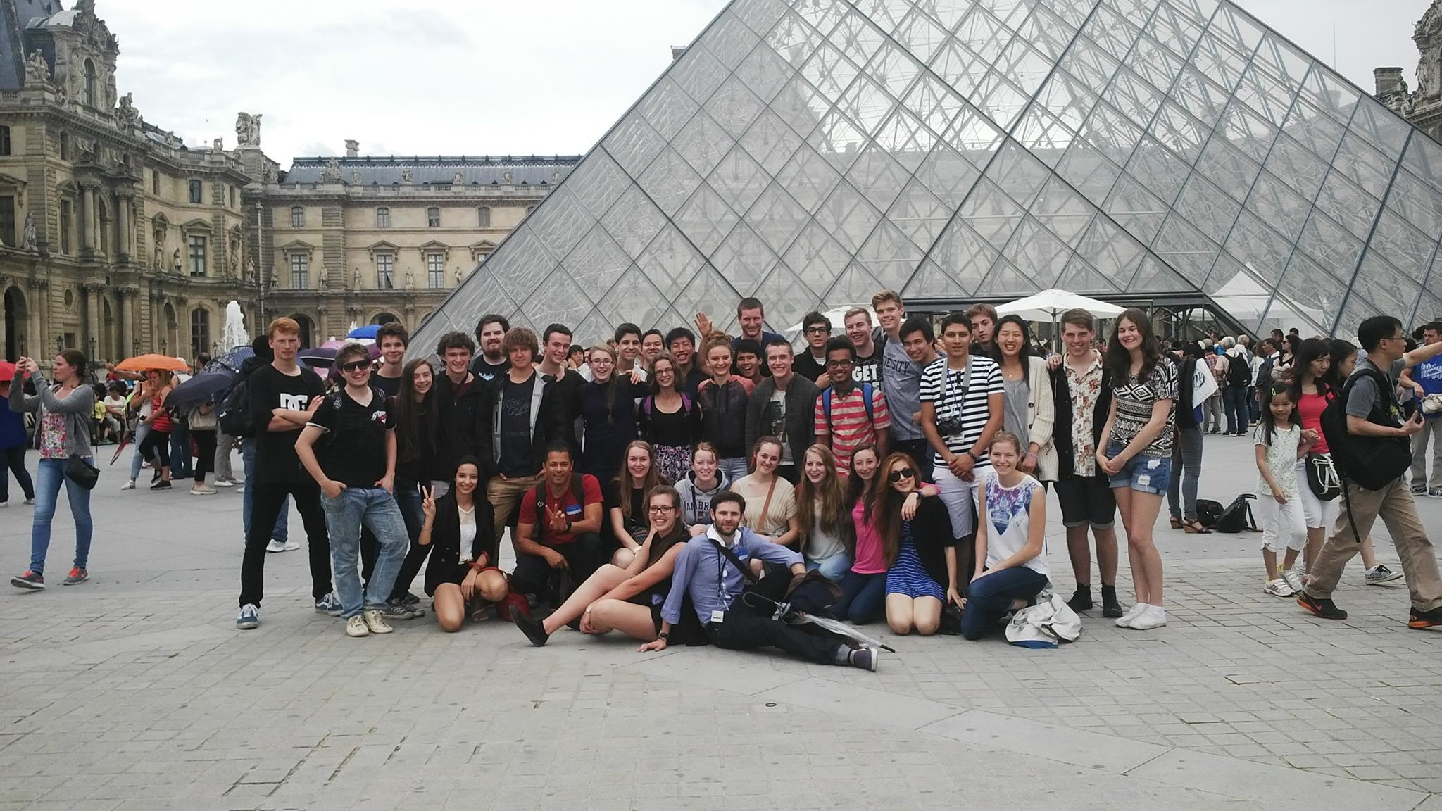 Young scientists at the Louvre, Paris