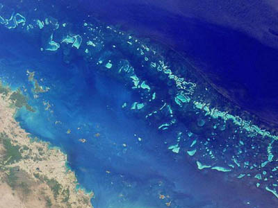 Satellite image of part of the Great Barrier Reef adjacent to the Queensland coastal areas of Airlie Beach and Mackay