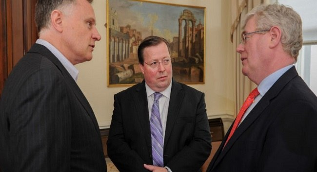 Taken in 2013: Former Daybreak chairman John Hartnett (left) with Kevin Barrett (centre) and former Tánaiste Eamon Gilmore. Image: Daybreak