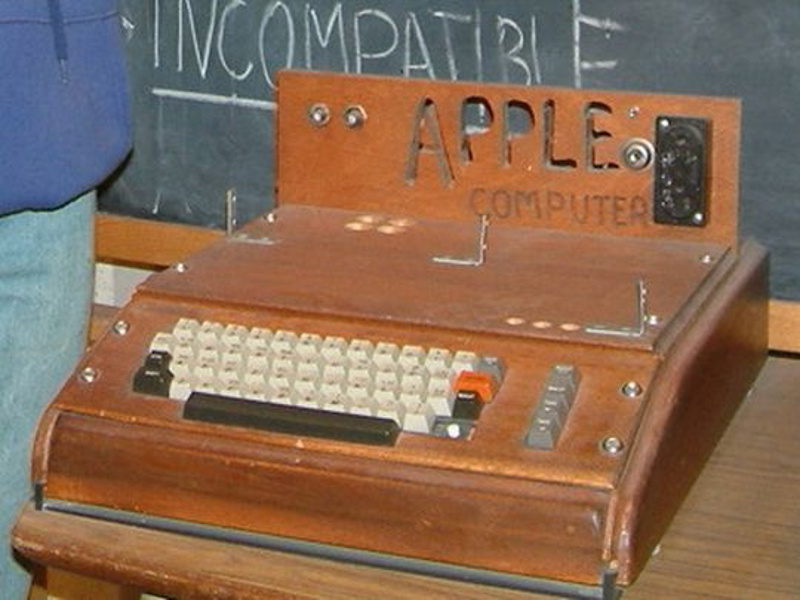 Rare Apple I computer attracts bids of more than US$79,000 on eBay